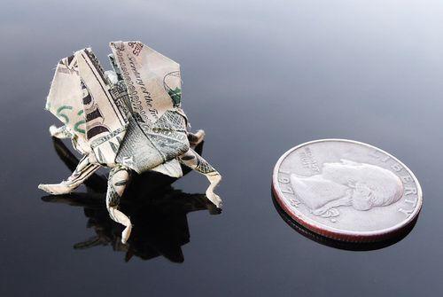 http://1.bp.blogspot.com/-gCrnTZ-rn-4/Th5nxge-q7I/AAAAAAABGyQ/goB3AQHC8iM/s1600/dollar_origami_art_34.jpg