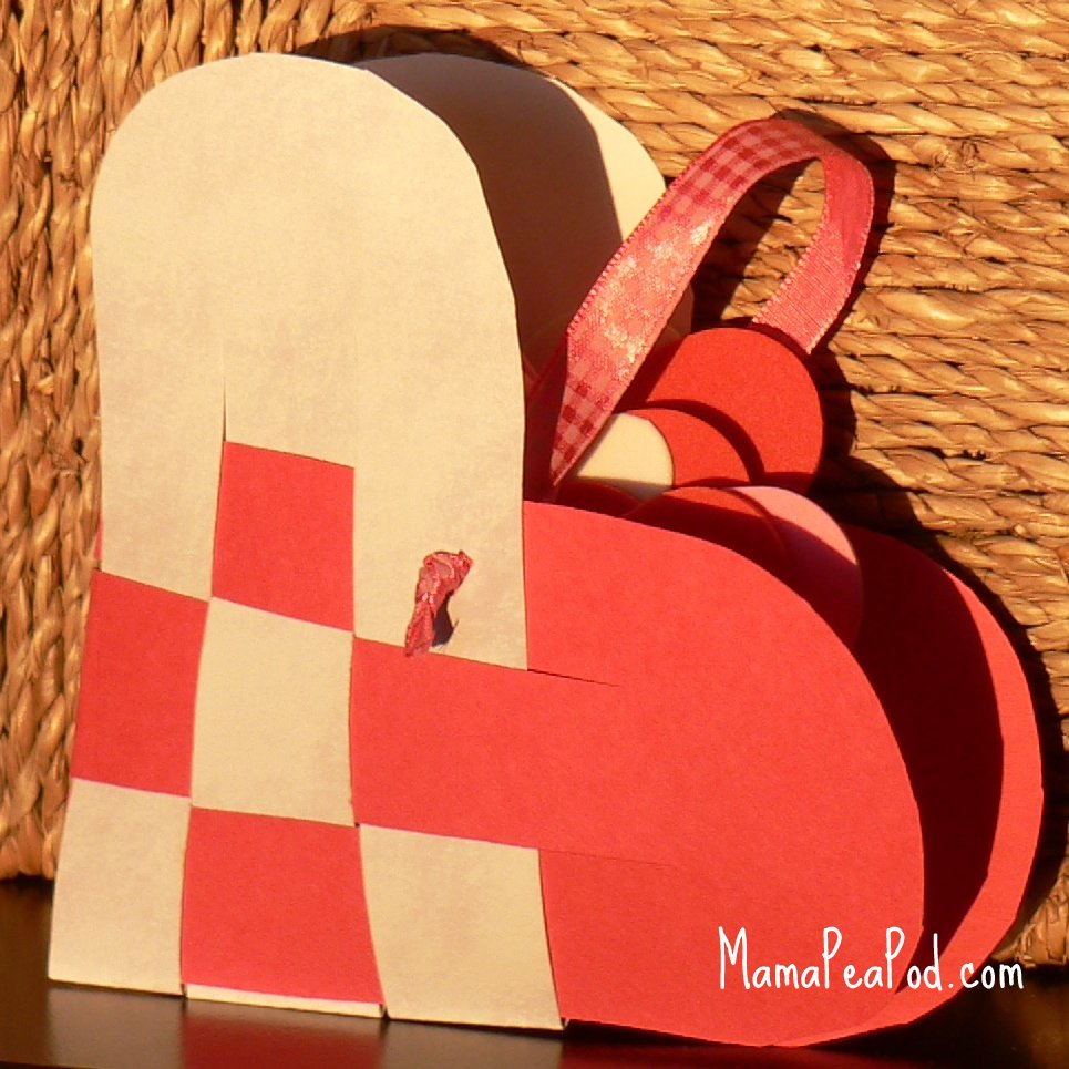 How To Make A Woven Heart Basket : Mama pea pod swedish woven paper heart baskets