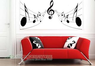 contoh mural pada ruang tamu nuansa musik