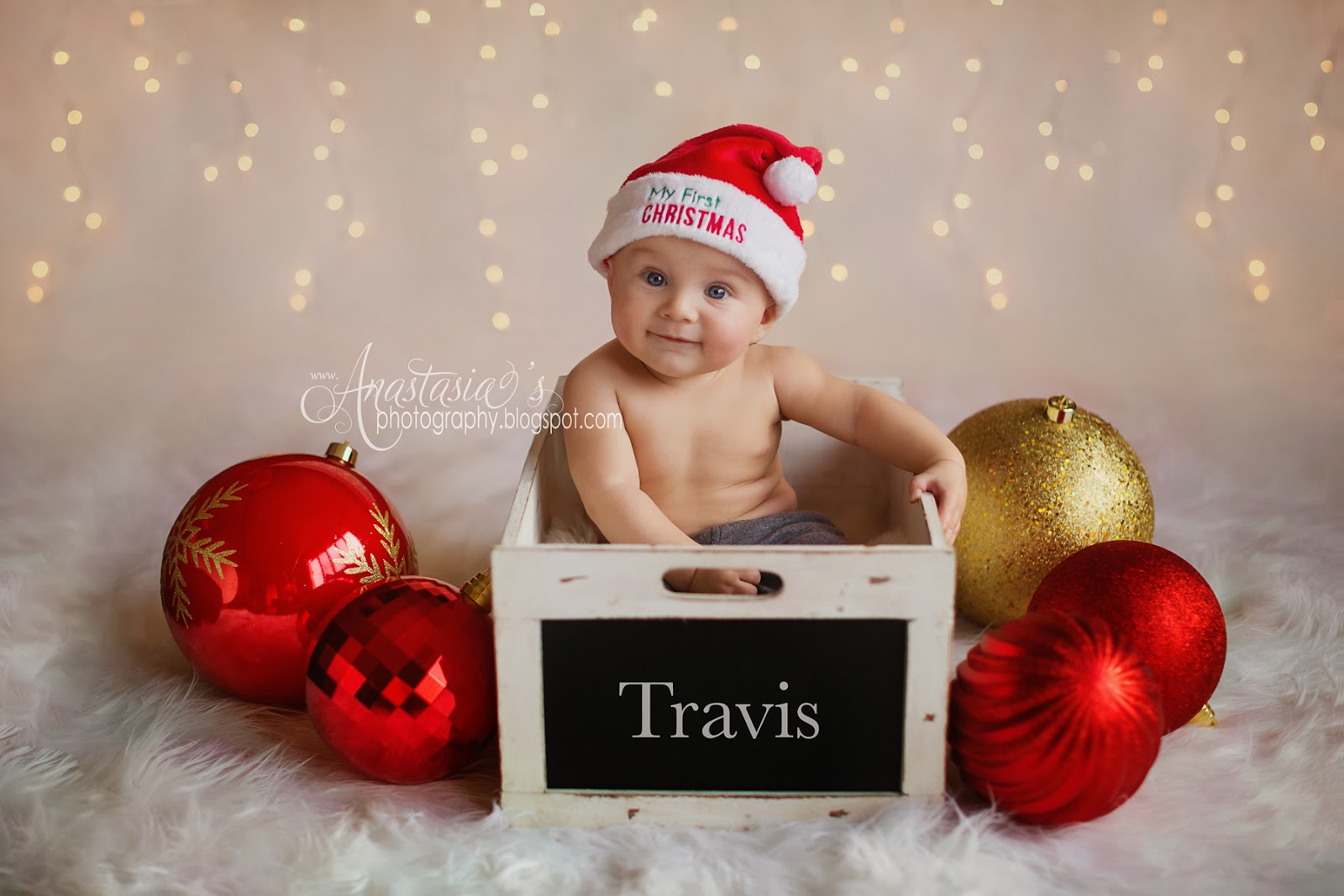 Penfield studio christmas holiday baby photos with santa hat