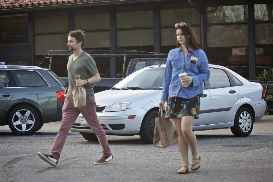 May be a new rumoured to be drifting apart after Lana Del Rey was spotted talking so close with Matt Bellamy in a Coffee shop of Starbucks.  But how? If the duo were striding on next positive levels to making a music collaboration. . . . . . .I think their meeting at Malibu, California on Friday, February 6,2015 were definitely right.