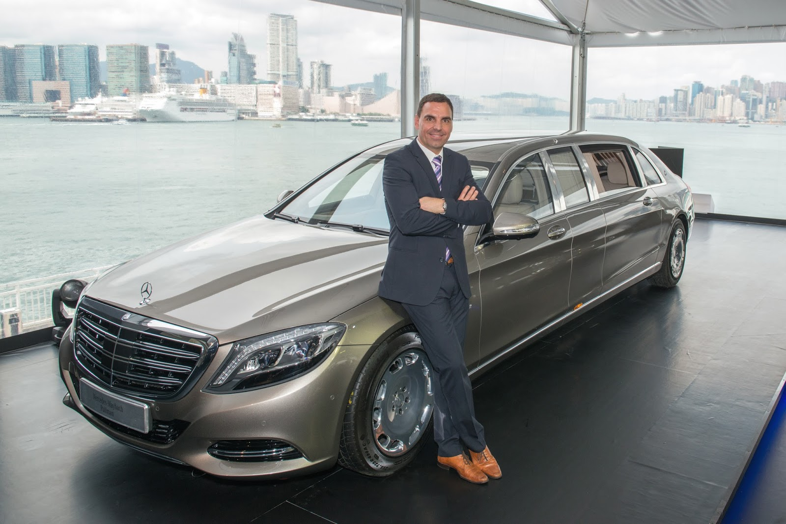 Hkblogger the launch of mercedes maybach pullman and for Mercedes benz ceo