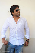 Telugu Hero Tarun latest Photo Shoot photos Stills Gallery-thumbnail-8