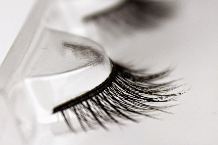 Eyelash Extensions Supplier Training Provider In Uae What Is