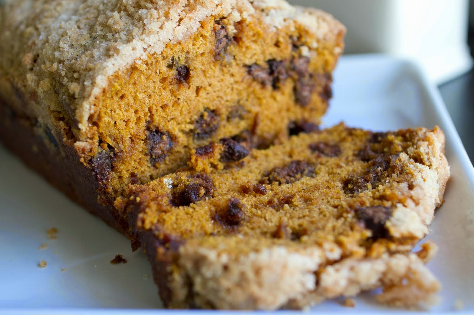 pumpkin chocolate chip bread with streusel topping