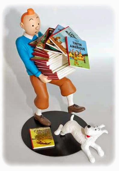 Estatua Tintin y los albumes