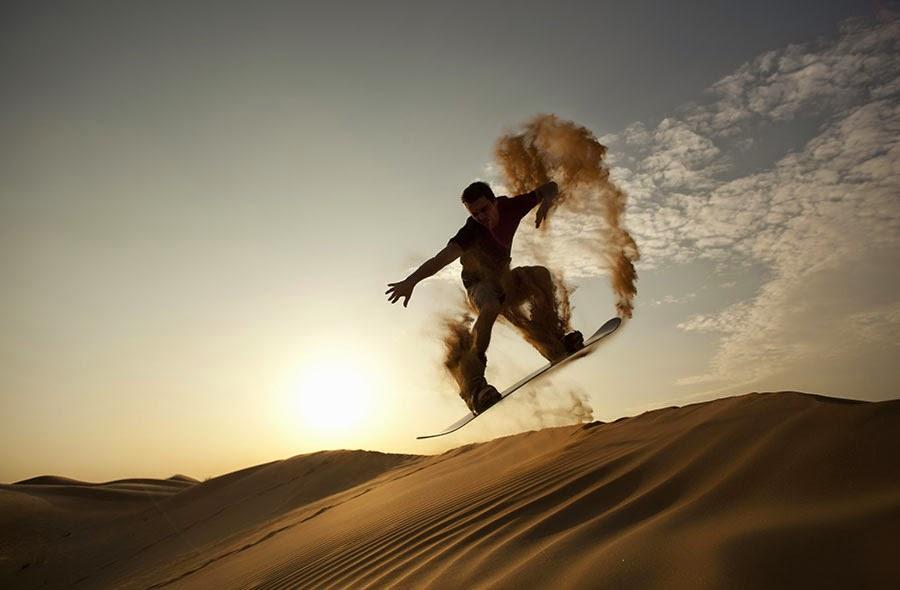 Sandboarding Gumuk Pasir - Parangkusumo