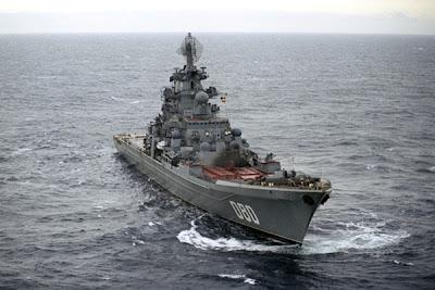 Крейсер Нахимов в море.