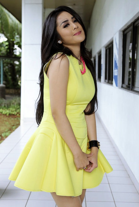 Foto-fotonya Selvi Kitty Penyanyi Dangdut Cantik