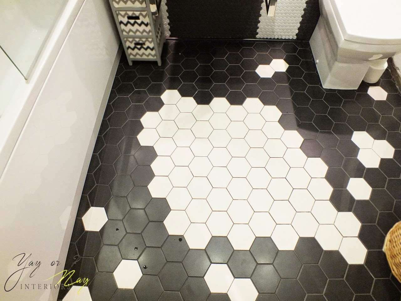 picture of small bathroom design with hexagon tiles