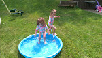 Kiddie pool splashes