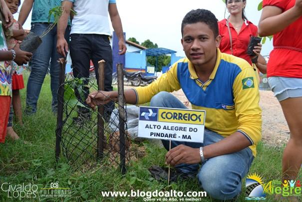 Carteiro Rogério Alves dos Santos