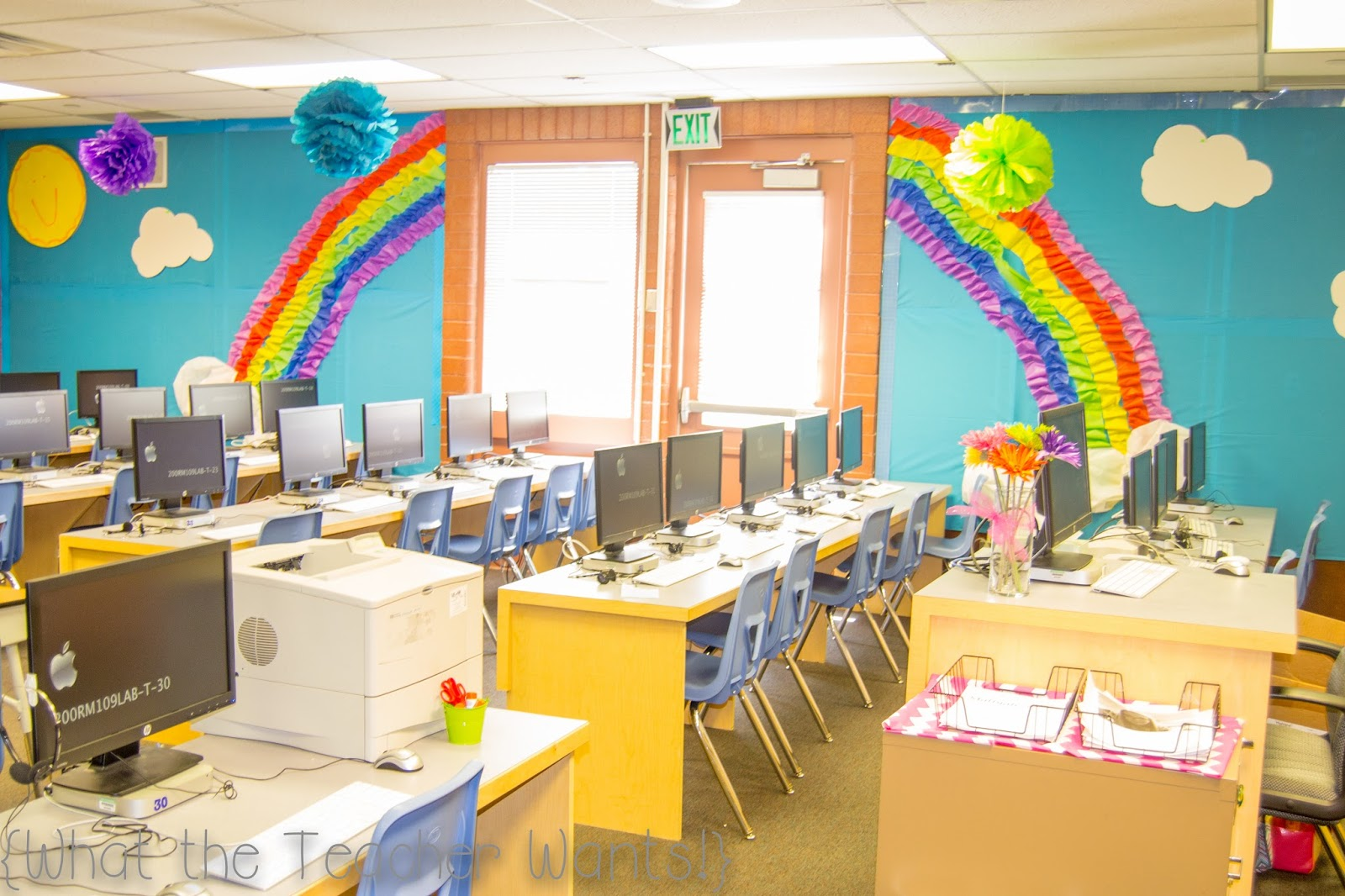 Classroom Rainbow Ideas ~ What the teacher wants classroom tour compter lab