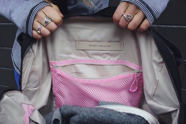 lululemon  om-the-day-bag
