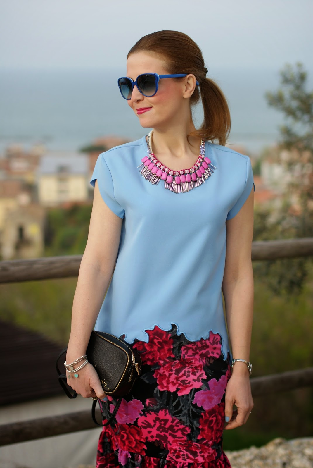 floral print pencil skirt, Sodini bijoux pink necklace, Fashion and Cookies, fashion blogger