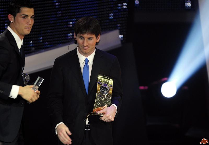 messi vs ronaldo. Lionel Messi Vs Ronaldo