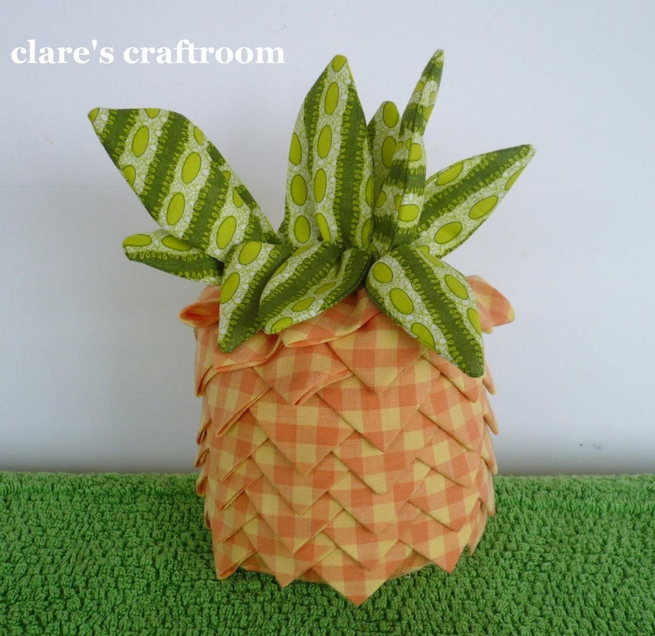 http://1.bp.blogspot.com/-gF-Eak4F3X4/UyEq04reNFI/AAAAAAAAEBQ/T0WBxxcBBeQ/s1600/pineapple+025.JPG