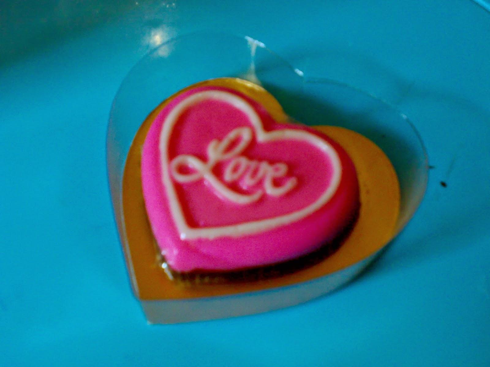 toko coklat valentin online, toko kue yasmin, yasmin cakes