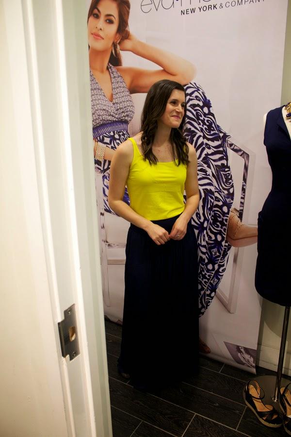 eva mendes new york & company, palazzo pants, navy pants