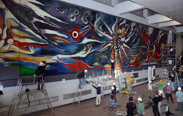 Susuharai (year-end cleanup) of the mural painting at Shibuya, Tokyo for a year