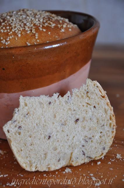 pane  ai sapori antichi cotto nel coccio