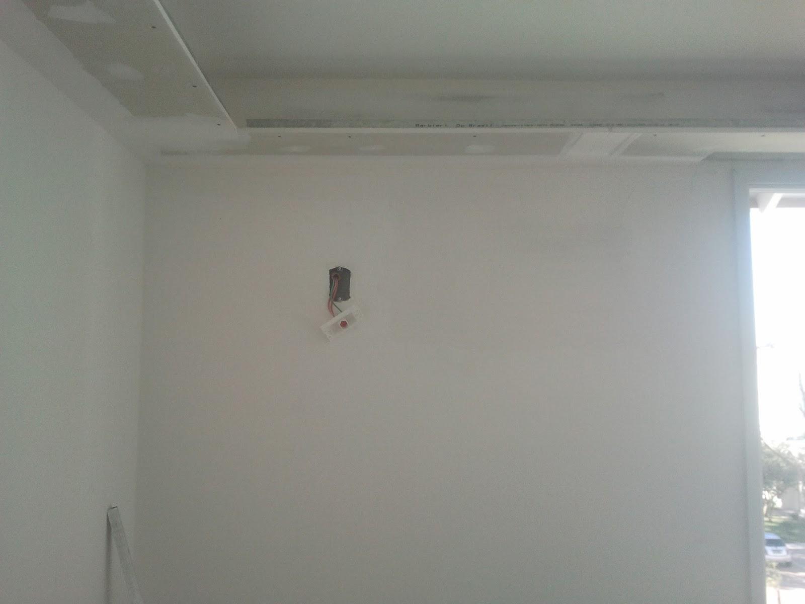 #614D49  ficou perfeita e muito lisa. Agora é só instalar nosso Split 4212 Instalar Ar Condicionado Janela Apartamento