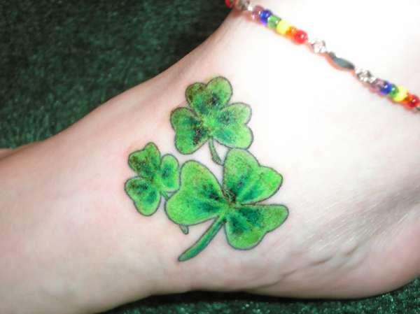 Tatuaje De Trebol En Pie Tatuajes Fotos Y Tattoos
