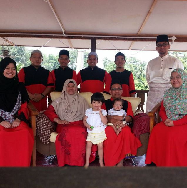 2015 on Eid #familypotrait #theBasripuzi #threegenerations