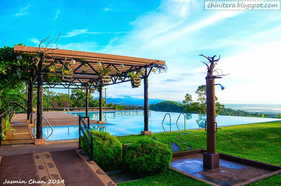 Chinitera the explorer sinagtala farm resort and retreat park for Affordable pools near metro manila