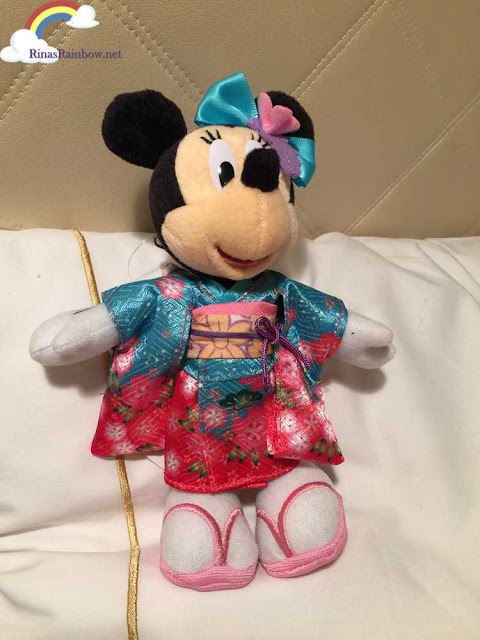 Japanese Minnie Mouse doll