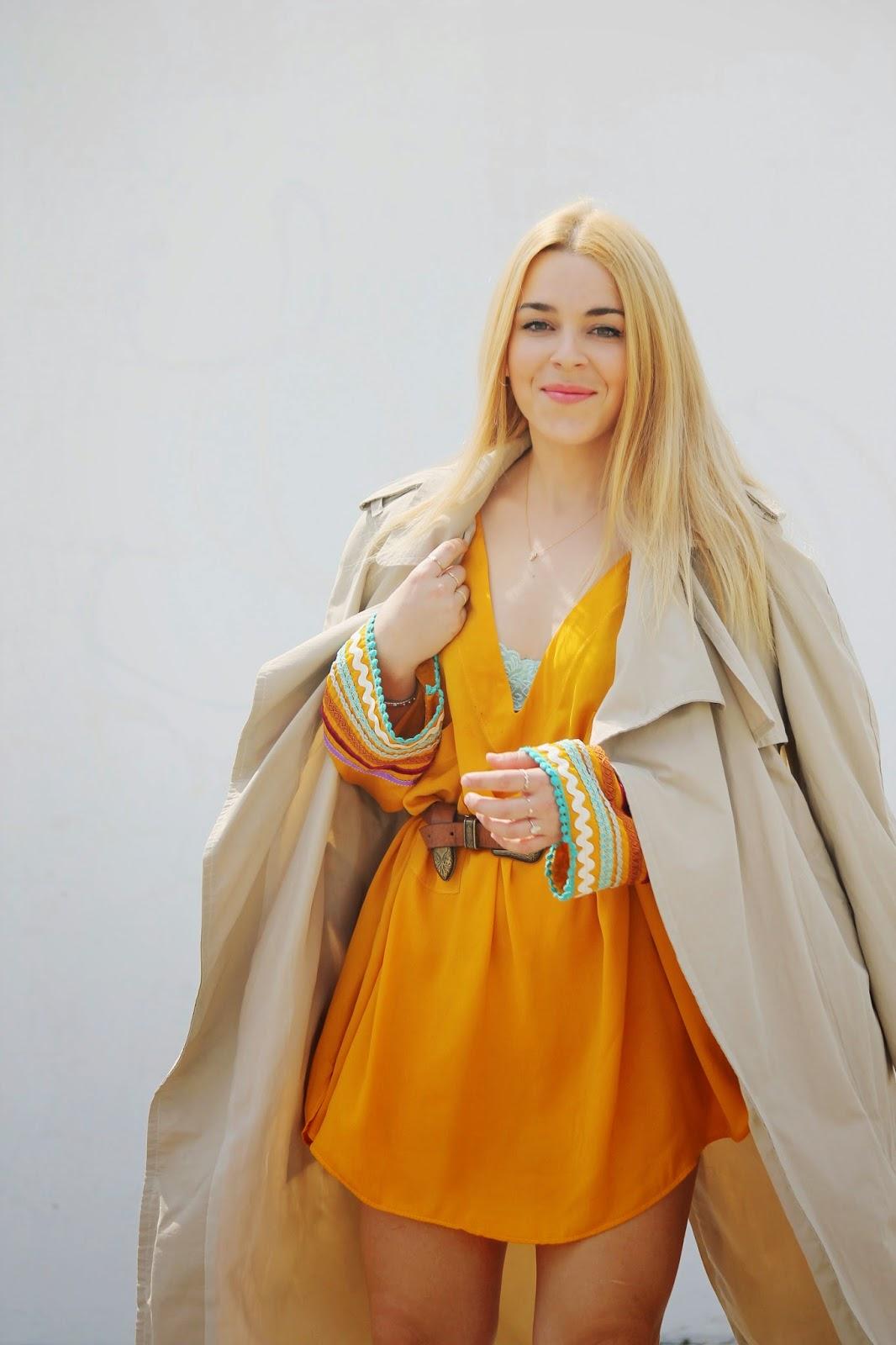 Vestido étnico mostaza