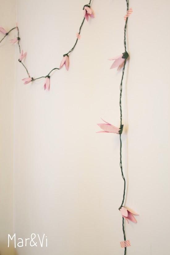 DIY: Guirnalda de flores hecha con cartones de huevo
