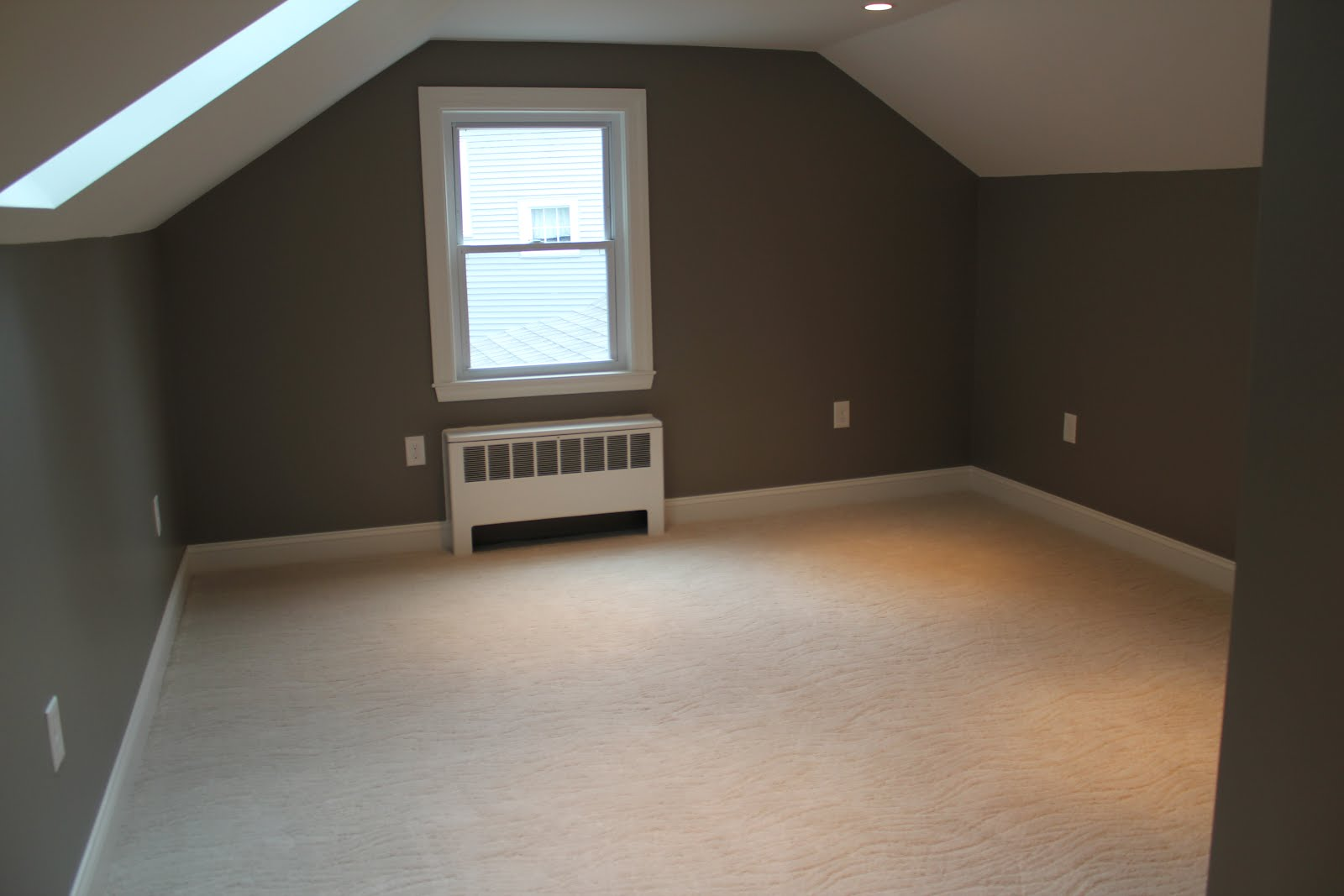 We don t  and oh  the budget was spent on finishing the room  William will  have a ball in his empty play space. Reno 366  roll out the white carpet