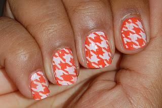 orange houndstooth nails