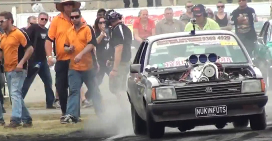 how to get smoke in the rain burnout