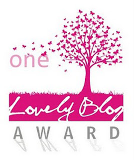 premio foltys: one lovely blog award
