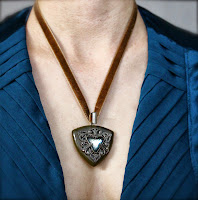 Antique Velvet Necklace by ChatterBlossom #vintage #antique #1930s