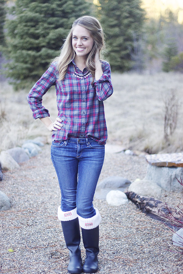 Fashion flannel button up michaela noelle designs for Flannel shirt and jeans