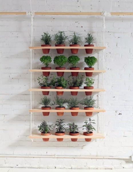 Macetas para plantas colgantes cuidar de tus plantas es - Estanterias para plantas ...