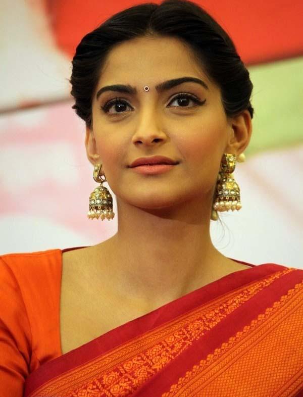 Actress Sonam Kapoor Saree Pics Indian Actresses