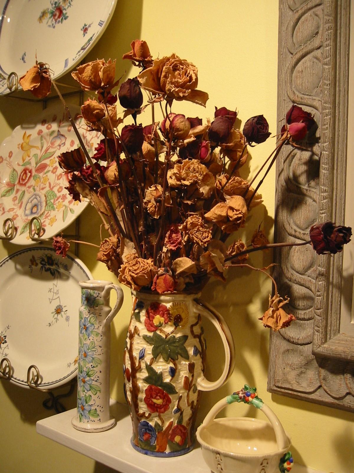 Decoraci n de rincones ideas para hacer ramos con flores - Adornos flores secas ...