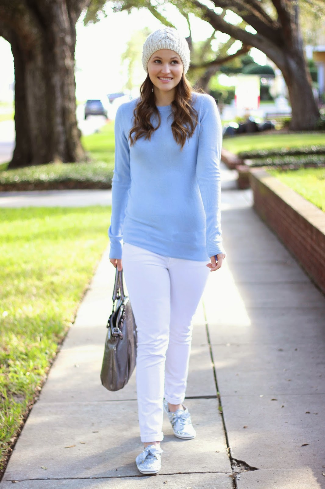 Kelly Elizabeth Style: Icy Blue Sweater