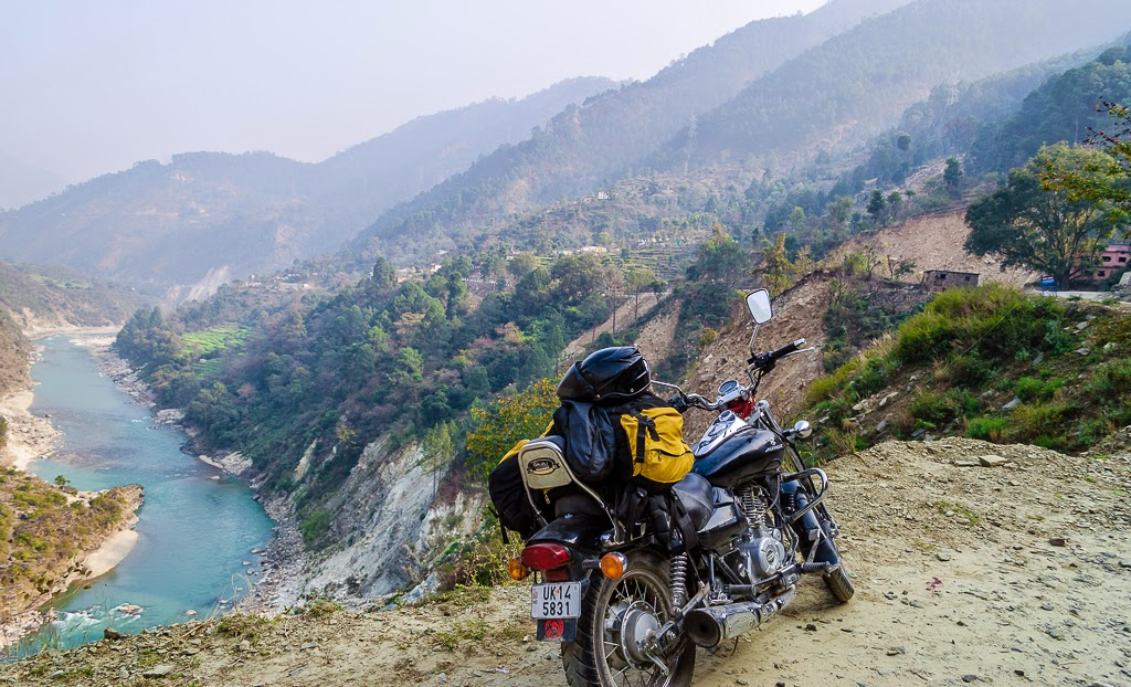 Budgetyatri, travelogues of bike trips in himalayas