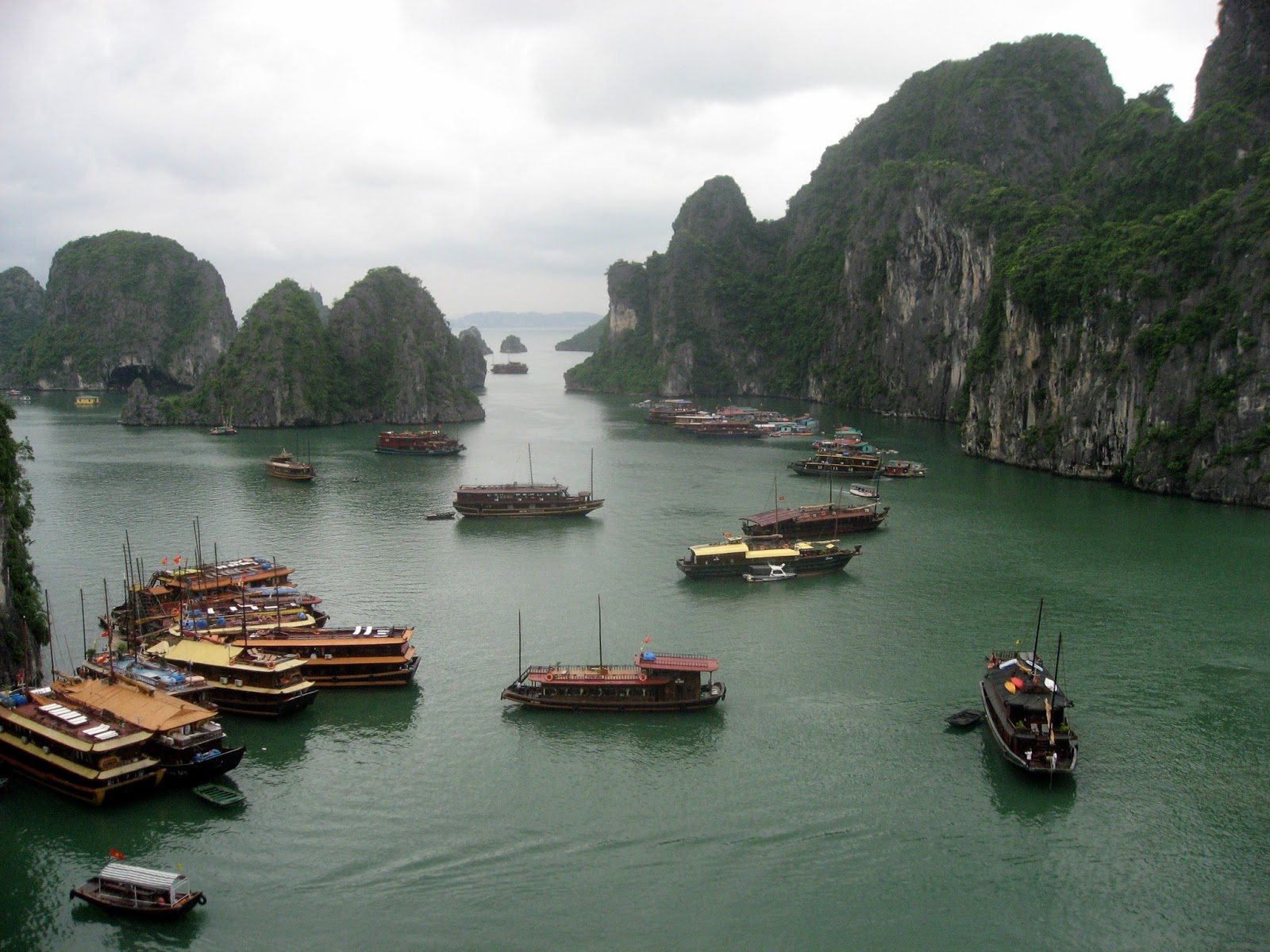 Halong Vietnam  city photos gallery : Malkinphoto: Halong Bay, Vietnam