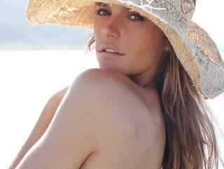 fernanda lima fotos imagens ensaio pose moda na praia