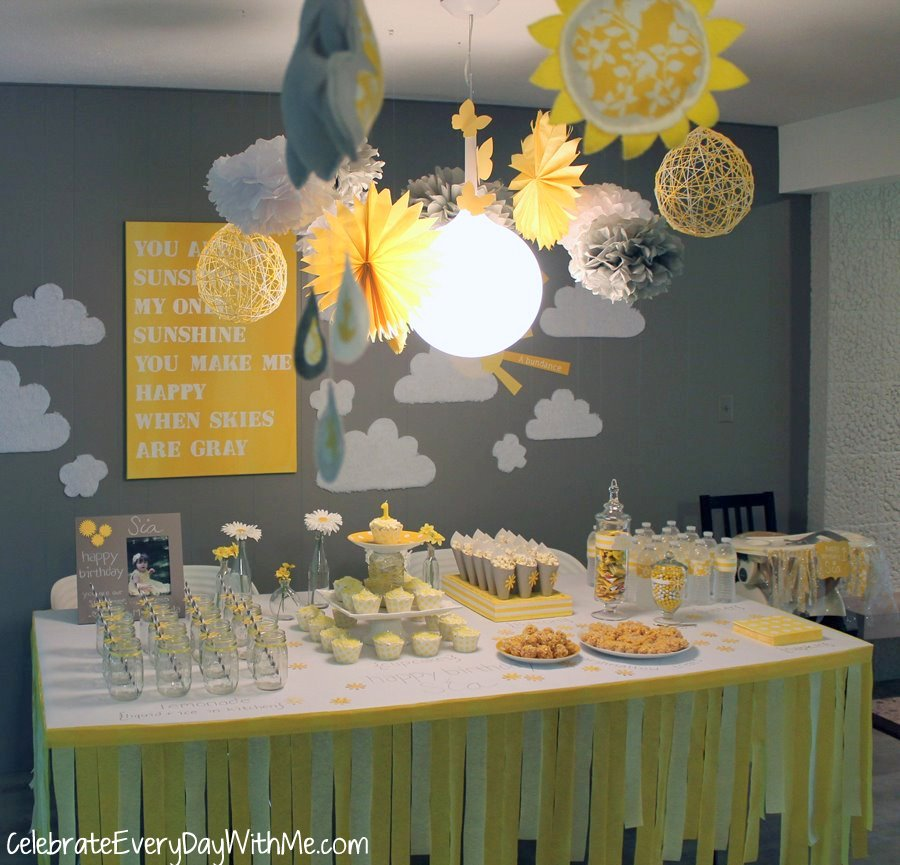 Display Baby Shower: 31 Days To An Awesome Party: A Terrific Party Table