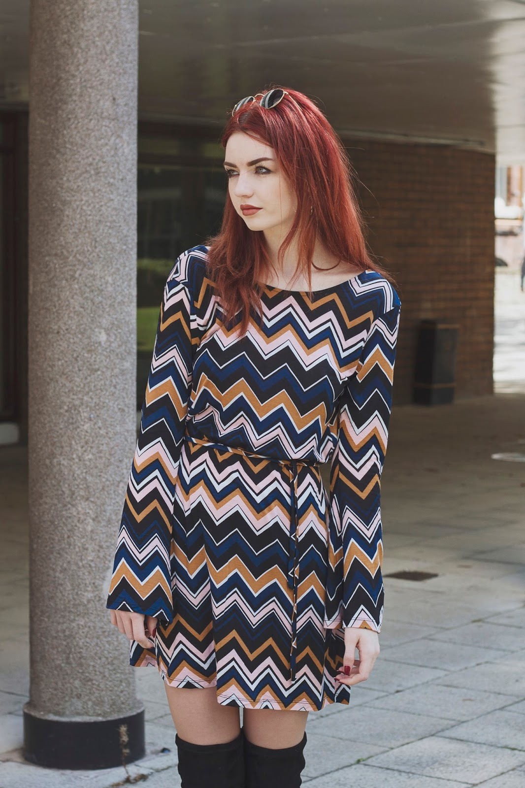 zig zag 70s print dress