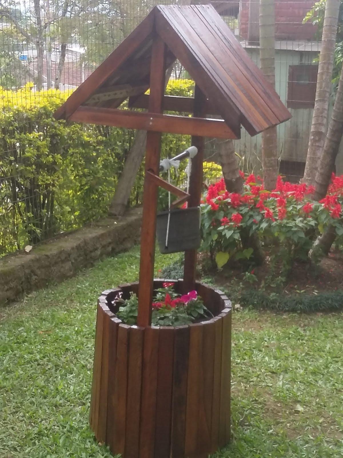 Poço ornamental de jardim