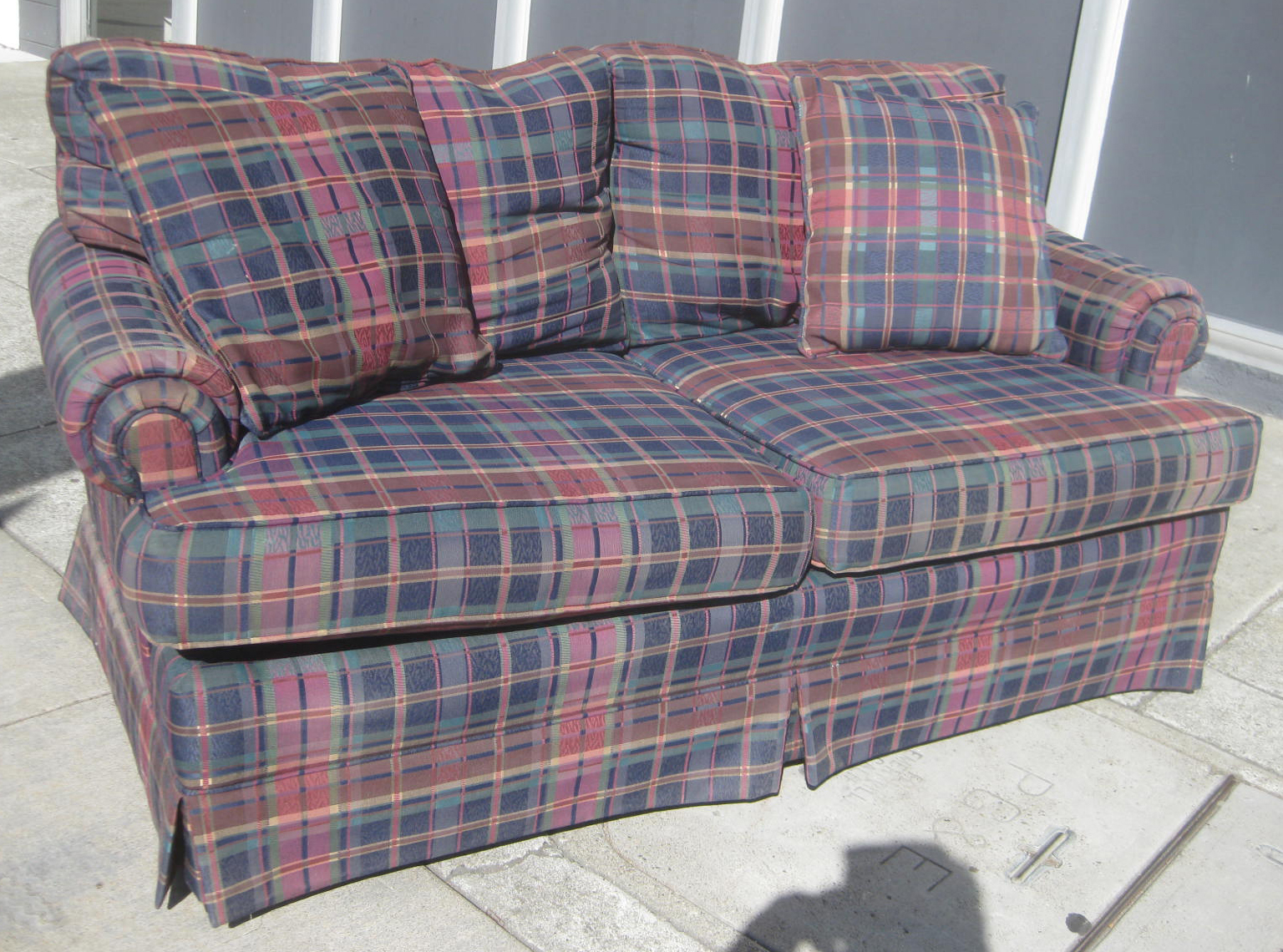 uhuru furniture collectibles sold plaid sofa 50. Black Bedroom Furniture Sets. Home Design Ideas
