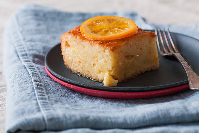 Preliveni sirupasti kolač sa narandžom